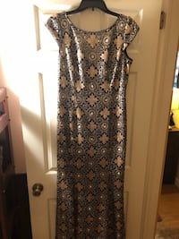 Stunning formal JS Collection Gown  East Northport, 11731