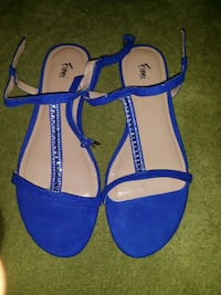 pair of blue-and-brown sandals Altamonte Springs, 32701