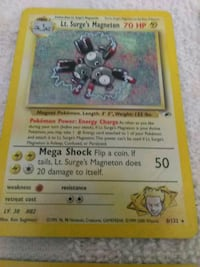 17 Pokemon trading cards