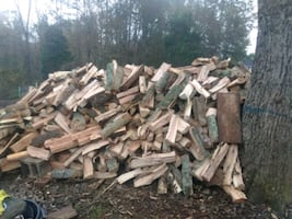 Oak fire wood for sale and delivery available 7 days a week