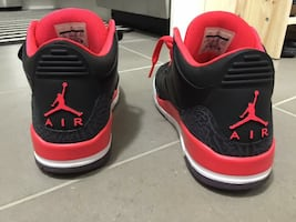 Air Jordan 3 Crimson Red
