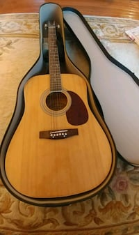 brown dreadnought acoustic guitar in case Alexandria, 22315
