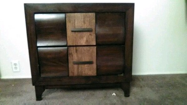 Xtra wide night stand
