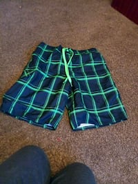 green and blue plaid shorts Radcliff, 40160