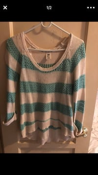 ROXY sweater  Whittier, 90603