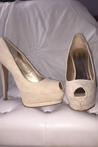 Charlotte Russe heel - size 9