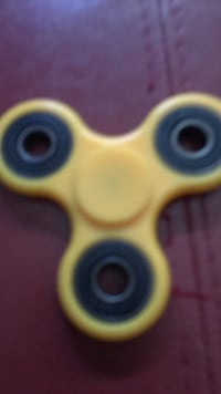 yellow and blue fidget spinner Calgary, T2J 5X3