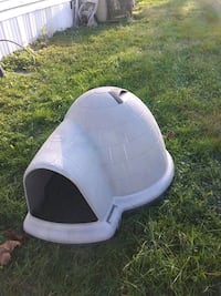 white and gray pet carrier Maryville, 37801