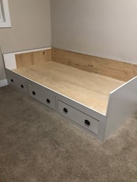 Twin Bed with 3 long drawers Edmonton, T5X 4A2