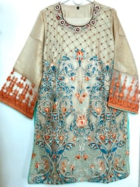 Gorgeous embroidered dress  Jersey City, 07305