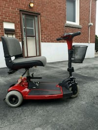 3 wheel compact mobility scooter with lift  Hamilton, L8V 1W4