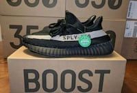 pair of black Adidas Yeezy Boost 350 V2 with box Brunswick, 21716