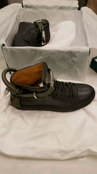 *BRAND NEW* Buscemi grey/green hightop sneakers Burnaby, V5A