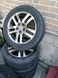 Rimes and tires