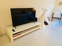White Modern TV stand  Los Angeles, 90066