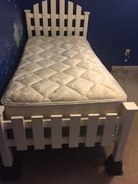 White twin bed  King, 27045