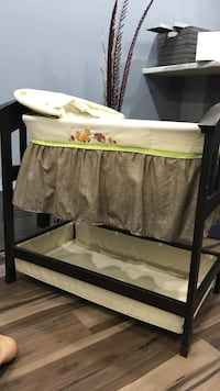Bassinet gently used  Woolwich, N0B
