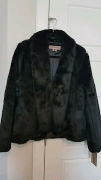 Womens faux fur coat Calgary, T3N 0E4