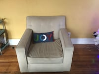 Modern living room chair  2322 mi