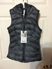 BNWT Lululemon Pack it Down Vest Burnaby, V5E 1R7