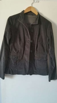 Woman's Grey Fitted Jacket  Toronto, M5P 1L9
