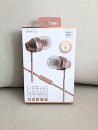 Rose gold metal ear buds- Brand New in box Mississauga, L5M 0C5