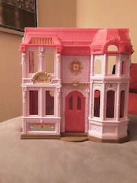 Fisher Price Little People House Woodbridge, 22191