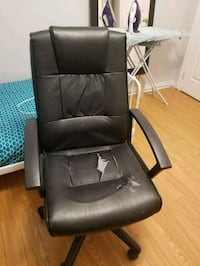 black leather padded rolling armchair Brampton, L7A 3S4