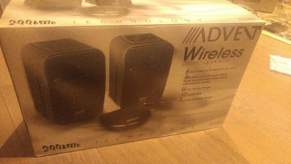 Used Advent Recoton 900MHz Wireless Stereo Speakers For Sale In Toronto