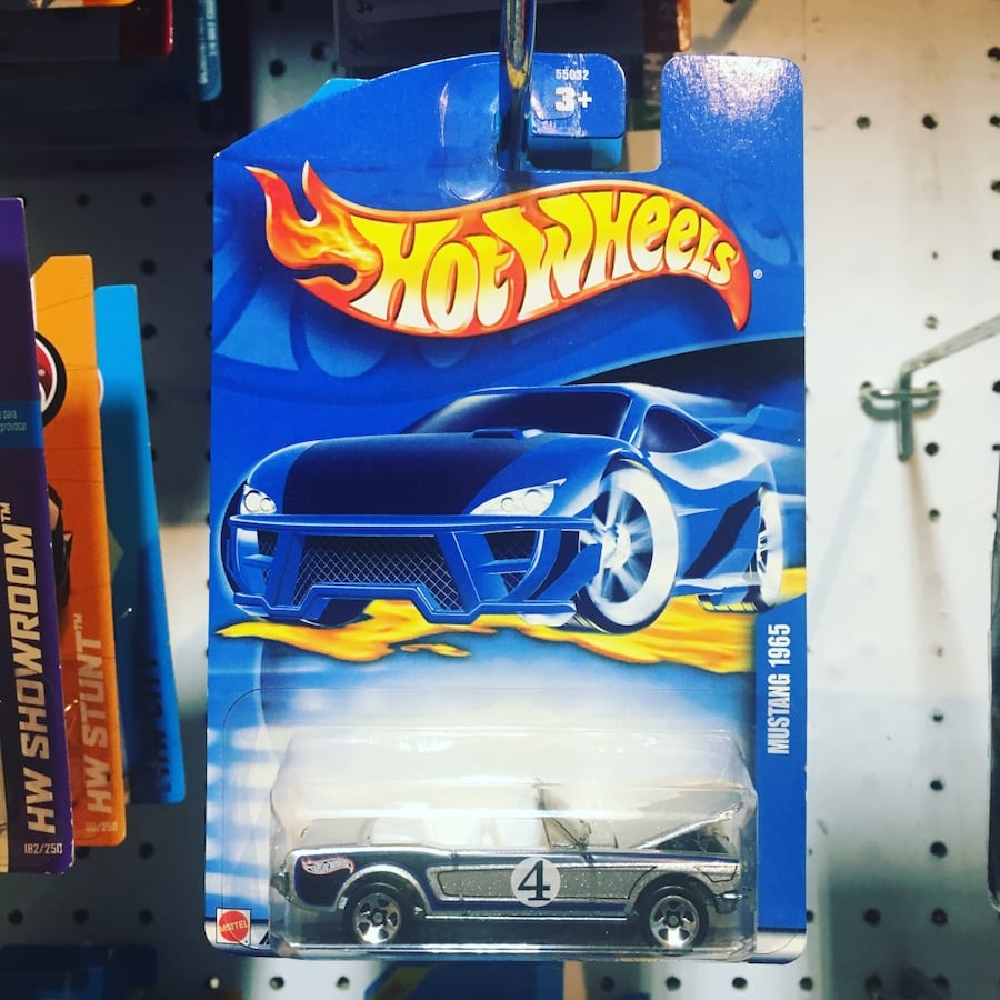 Hot Wheels 5d95eb7c-c72a-4ef3-950d-99f97c15272b