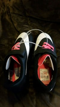New nike size 11C soccer cleats Frederick, 21701