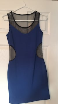 Royal blue dress - very small hole in neck of the back. Ottawa, K2J 0B4