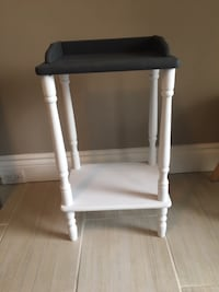 Solid wood side table Toronto