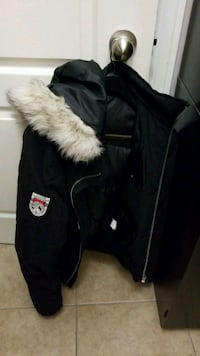 black and white zip-up parka jacket Vaughan, L4H 1N6