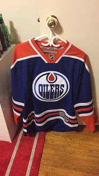Men's small, 15-16' Oilers Home jersey  Waterloo, N2J 3S9