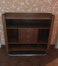 Porta TV in legno marrone con armadietto