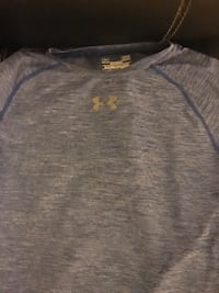 2 under armour shirt one Yl and YM good condition $12 for both  Manassas, 20110