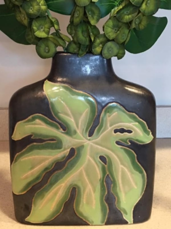Floral Arrangement – Palm Tree design in  Decorative Hand Made Vase  ab3f374c-aaa7-4aba-8bb0-39a18747daba
