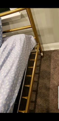 Full size canopy bed/mattress