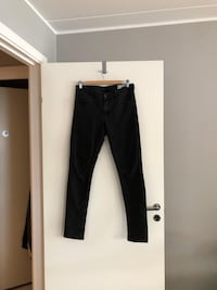 Crocker jeans. Str 30/32. Bergen, 5035