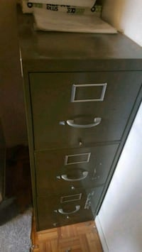 3 drawer filing cabinet Montreal