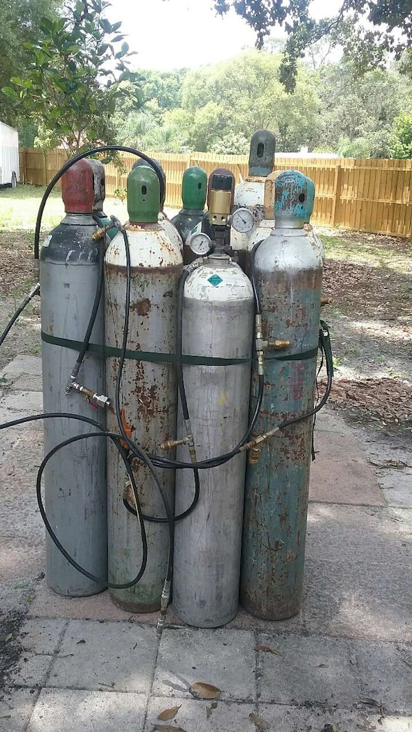 Co2 tanks 50lb with hose included500 and 6000 psi