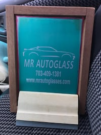 Auto glass windshield replacement  Annandale, 22003