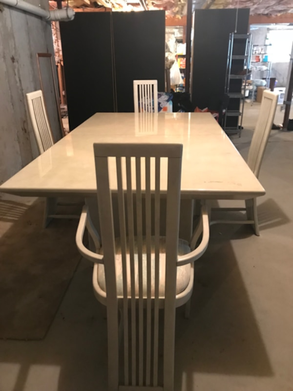 Contemporary Italian Lacquer Finish Dining Room Table Matching Buffet 4 Chairs