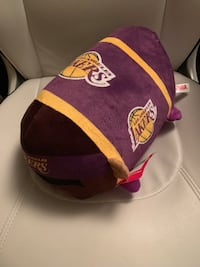 purple and white fitted cap Westminster, 92683
