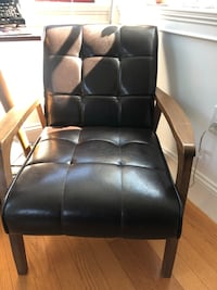 Leather arm chairs  Somerville, 02143