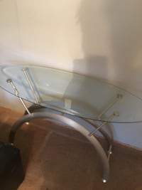 glass top silver coffee table Haughton, 71037