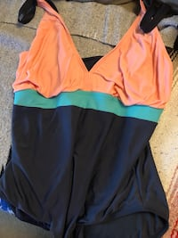 2 plus size bathing suits not sure the size probably a 2 X asking only $5 each  Burnaby, V5E 0A4