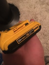 DEWALT 20V BATTERY ABBOTSFORD