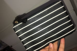 Pouch with stripes